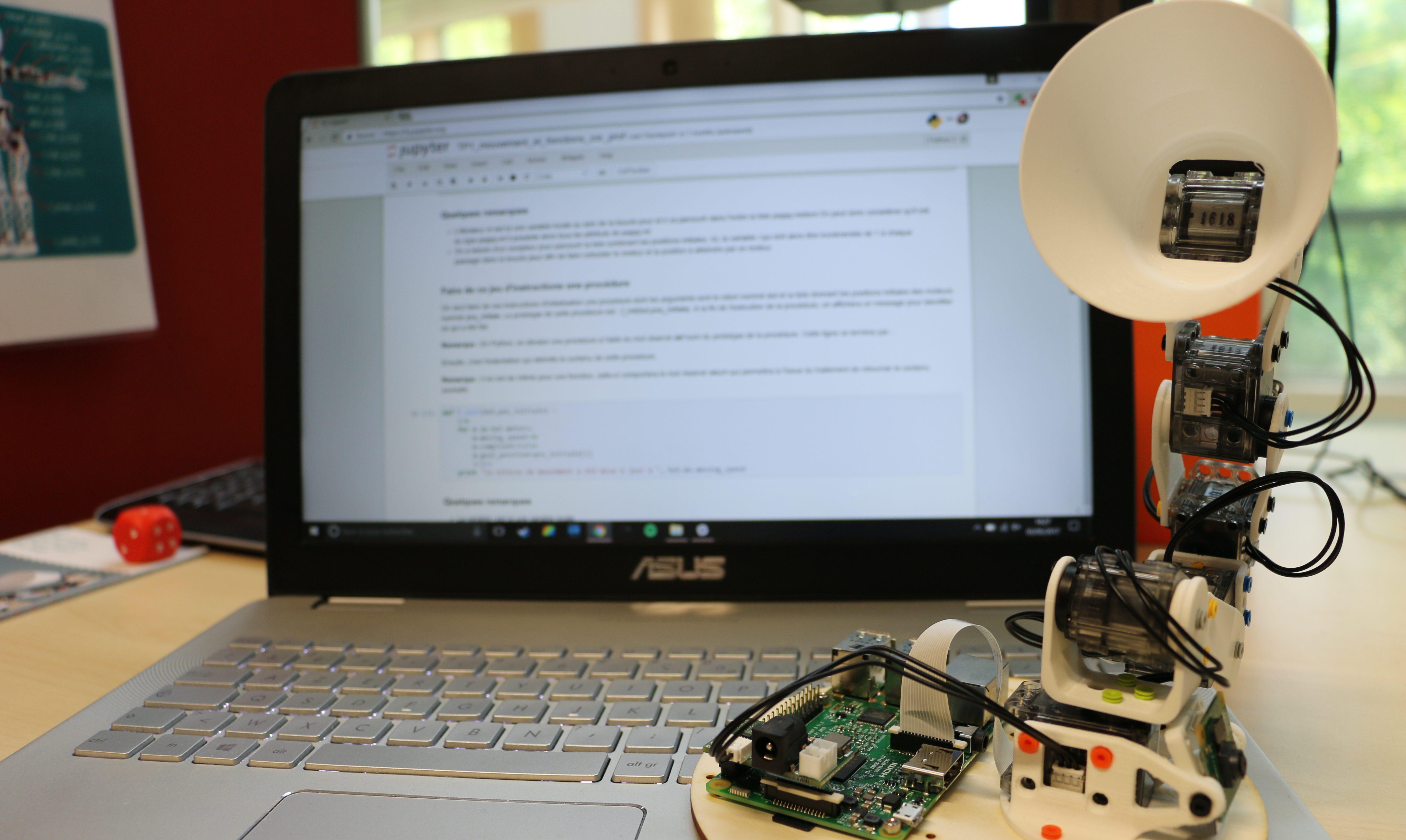 Robot Poppy Ergo Jr et Python